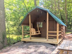 Camping Cabin 7 - Orchard Lake Campground